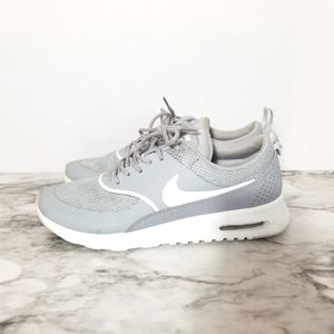 Size 8 Nike airmax Thea running shoes